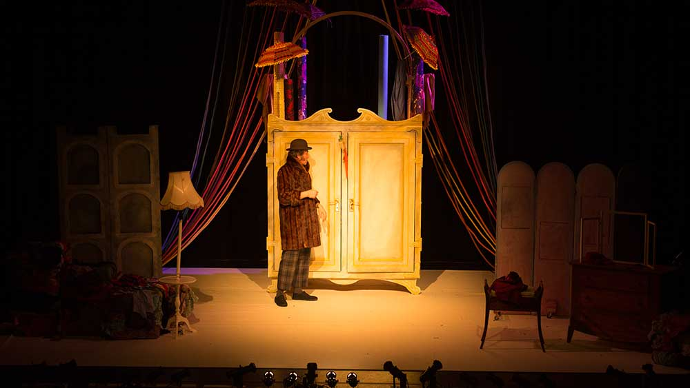 The Emperor's New Clothes - photograph by Louise Froggatt